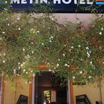 Metin Hotel