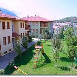 Saray Hotel &amp; Apartments