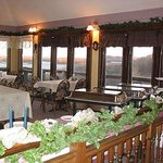 Village of the Blue Rose Lodge Restaurant & B&B