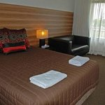 Red Cedars Motel Canberra