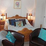 Bargate Cottage B & B