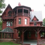 Bushnell House Inn