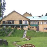 The Pine Palace Resort Gulmarg