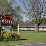Dunlop Motel