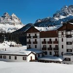 Hotel Lavaredo on Lago di Misurina