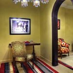  Om Kulthum Suite- Desk Area