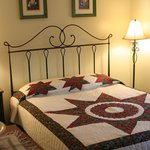 Foto de Seneca Lakeside Bed & Breakfast