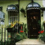 Albany Hotel