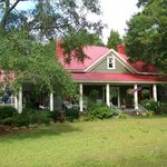 Red Shutter Bed & Breakfast