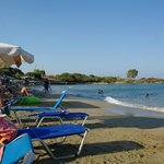                    spiaggia in fronte all&#39;hotel