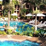 Villas El Rancho Green Resort resmi