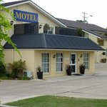 Best Western - Coachmans Inn Motel