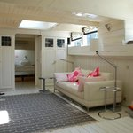  Houseboat 1