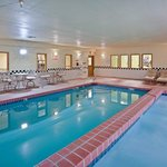  CountryInn&amp;Suites Topeka Pool