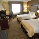  Guest room with 2 Beds at the Holiday Inn