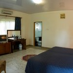                    COSY ROOMS AT BUSUA BEACH RESORT