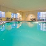  Staybridge Suites Mt. Laurel - Swimming Pool