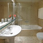 Bathroom at Hotel Algarve Casino Portimao