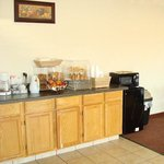  American Inn Suites Pauls Valley OKBreakfast