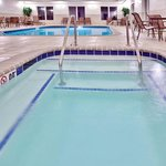  Holiday Inn Express &amp; Suites Dubuque, IA Swimming Pool