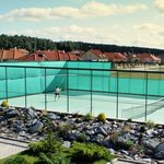 Tennis court - free use for hotel guests