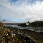 Eilean Tioram with path and floating causeway