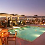 Rooftop Pool & Bar