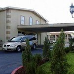 Foto van Americas Best Inn & Suites Arlington