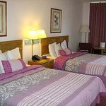 Ozark Valley Inn Branson Room