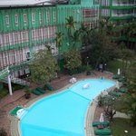  Green Hotel pool