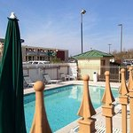  Magnuson Hotel Denham Springs Pool