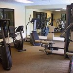 Magnuson Hotel Cool Springs Gym