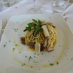                    linguine con porcini, tartufo e spek