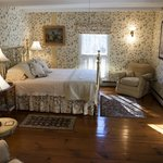  Dogwood Room