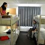  Adelaide Central YHA - clean spacious multishare accommodation option