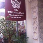 Foto de The White Lotus Hotel