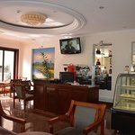                                                        Cardamom Hotel Coffee Lounge