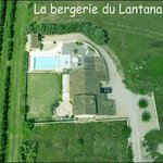  Vue arienne de la Bergerie du Lantana