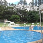                    rea de laser com 2 piscinas,quadra de esportes,sauna e piscina aquecida.