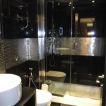 Turn around and there's the ensuite (rm 907). Loved the shower!