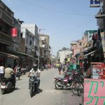 45 degrees on a Saturday arvo & about as quiet as I saw Paharganj.
