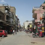 45 degrees on a Saturday arvo & about as quiet as I saw Paharganj