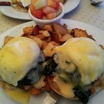  salmon benedict