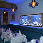 Blue ambiance in the dining room