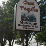 Casa Tequila - Placid Lakes Blvd. 7 min from downtown LP