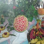                    un bell buffet di frutta