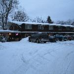 Winter Time at the Bayside-Lumpy's Sports Bar & Grill next door