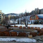  Fire pit, hotel terrace and the ski lift! Could not be more central