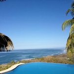 Vista de Olas pool overlooking ocean. Breathless