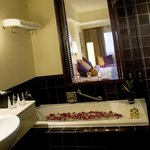 Bathroom - Superior, Deluxe, Suite